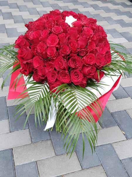 buchet-mare-cu-101-trandafiri