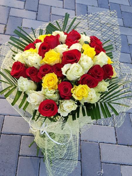 buchet-59-de-trandafiri
