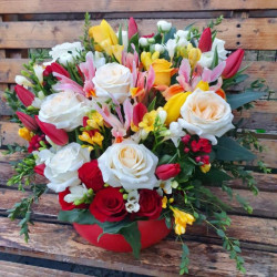 "Aranjament Floral ""Pete de parfum"""