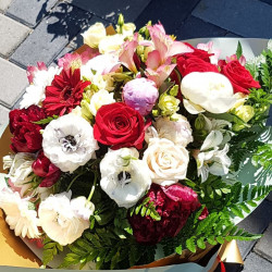 """Buchet """"Cand ii plac florile"""""""