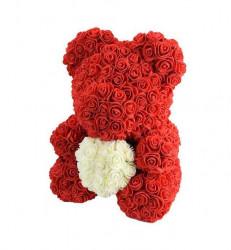 Ursulet din trandafiri cu inima