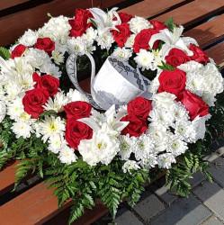 Coroana Funerara cu flori albe si rosii 60 cm