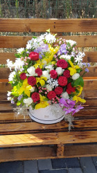 Aranjament floral de lux in cutie