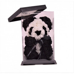 Ursulet panda din trandafiri
