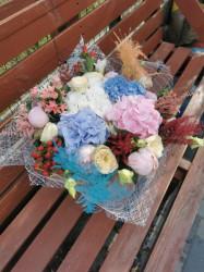 buchet-flori-mix-colorat-hortensii-2