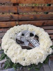 Coroana funerara cu crizantema alba