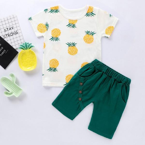 Set tricou si pantaloni scurti Graf verde