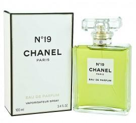 Chanel No 19 POUDRÉ