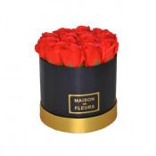 Aranjament floral cutie rotunda neagra cu trandafiri de sapun rosii