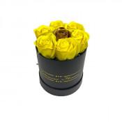 Aranjament floral Glamour Flower cutie rotunda neagra cu 7 trandafiri sapun