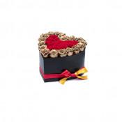 Aranjament floral inima cu trandafiri de sapun Gold Lux, rosu cu margini aurii
