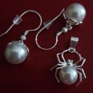 Set cercei si medalion din argint cu Perle Mallorca Crystal White 10 spider by Antony Fashion