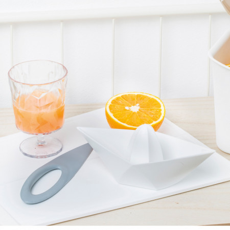 Storcator citrice alb, AHOI
