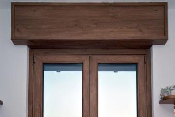 Cassonetti PVC colore legno 70 colori o verniciati 300 colori RAL, altezza 350 mm, lunghezza 2300 mm, profondita massima montaggio 150 mm