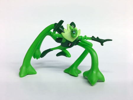 BEN 10 Mini figurina Wildvine - 5 cm