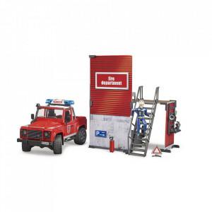 Bruder - Statie De Pompieri Cu Land Rover Defender Si Pompier