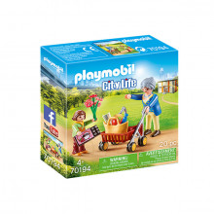 Set de joaca Playmobil City Life, Bunica Si Fetita