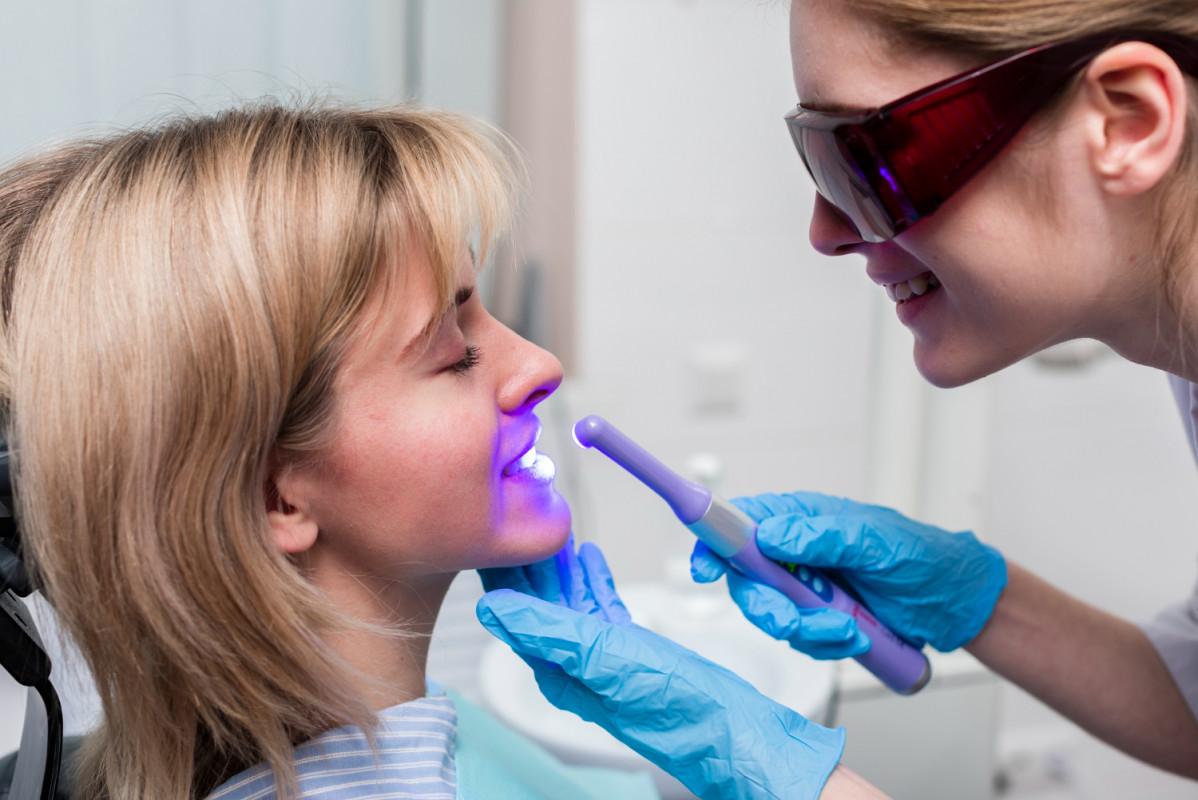 Incrustații dentare