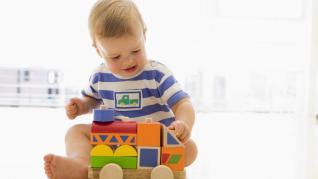 Rolul jocului in dezvoltarea copilului - cum este afectat de izolare?