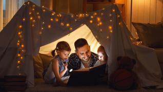 Cum contribuie povestile la dezvoltarea si evolutia copilului tau - Topul povestilor de adormit copiii