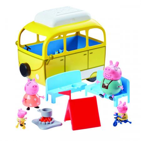 Set de joaca Familia Peppa Pig si rulota pentru camping