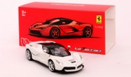 Masinuta Ferrari LaFerrari Alb 1/43 Bburago Signature Series