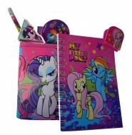 Set instrumente de scris si carnetel in suport My Little Pony