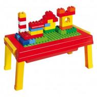 Set masuta si cuburi de construit