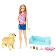 Set de joaca Papusa Barbie si catelusii nou-nascuti