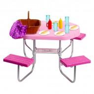 Set masa si accesorii pentru picnic Barbie