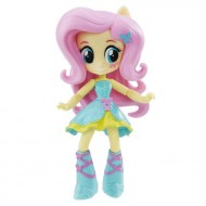 Fluttershy figurina articulata in rochie de gala My Little Pony: Equestria Girls Minis