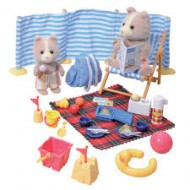 Set de joaca Day at the seaside Sylvanian Families
