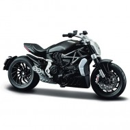 Motocicleta 2016 Ducati X Diavel S 1/18 Bburago