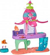 Set de joaca muzical cu figurina si accesorii Trolii - Intrarea in scena