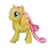 Figurina Fluttershy cu lumini Shining Friends My Little Pony