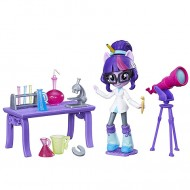 Set de joaca Twilight Sparkle la Scoala My Little Pony Minis Equestria Girls