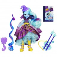 Papusa Trixie Lulamoon cu chitara My Little Pony Equestria Girls