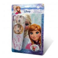 Penar metalic cu instrumente de scris si carnetel notite Elsa si Anna Disney Frozen