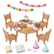 Set de joaca Petrecerea in familie Sylvanian Families