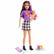 Papusa Barbie Skipper bruneta cu bebelus blond si accesorii