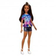 Papusa Barbie Fashionistas mulatra cu tricou colorat