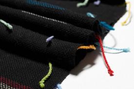 BLACK WOOLEN SCARF - ručno tkan šal