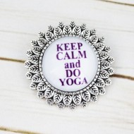 "Brosa sun flower cu mesaj personalizat ""Keep calm and do yoga"""