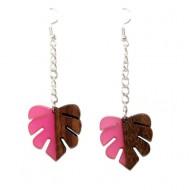 Cercei frunze din lemn cu rasina roz