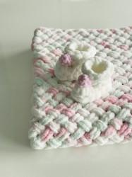 Păturica Soft Mint + Botoșei Albi