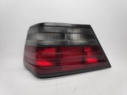 Farolim Esquerdo Mercedes W124 e Class Berlina / Coupe / Cabrio 85-95
