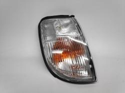 Pisca Direito Nissan Navara Pick-Up D22 98-00