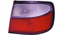 Farolim Direito Nissan Primera P11 4P 96-99 Branco-Vermelho