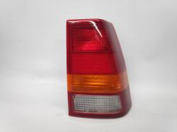 Farolim Direito Opel Kadett E 4P 84-91