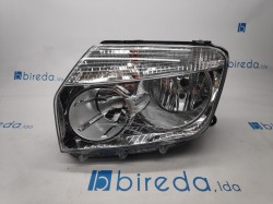 Farol Esquerdo Dacia Duster 10-13